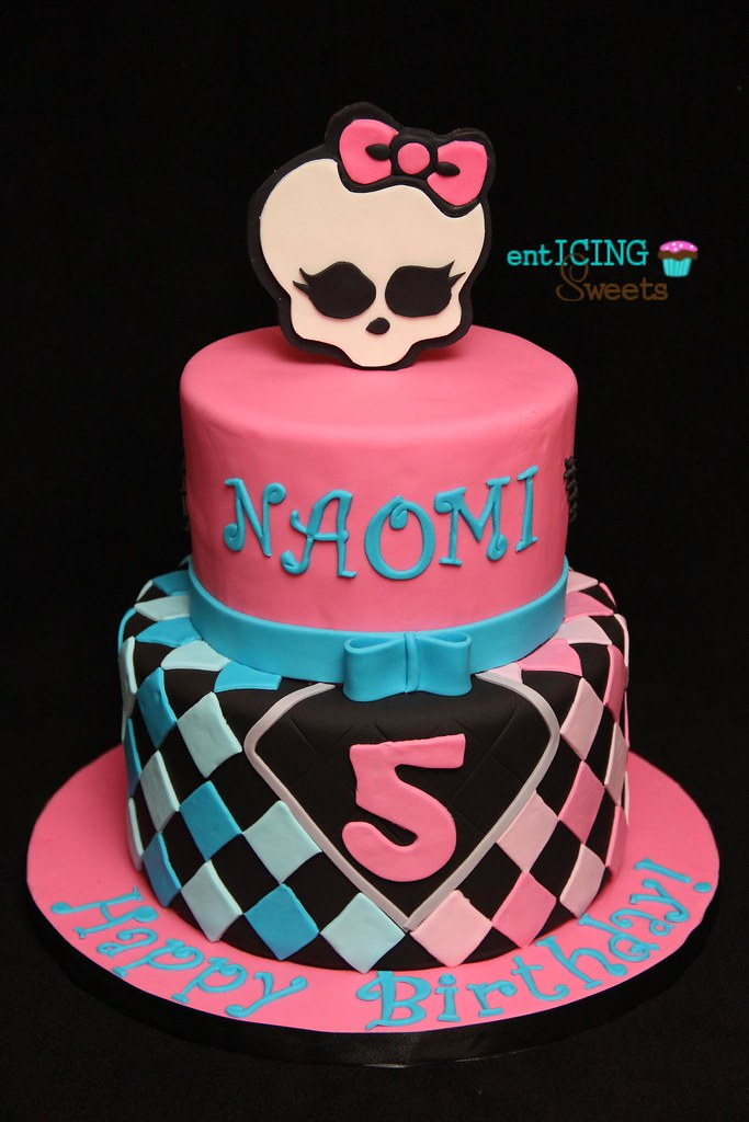 Astounding Monster High Birthday Cake Enticing Sweets Flickr Funny Birthday Cards Online Fluifree Goldxyz