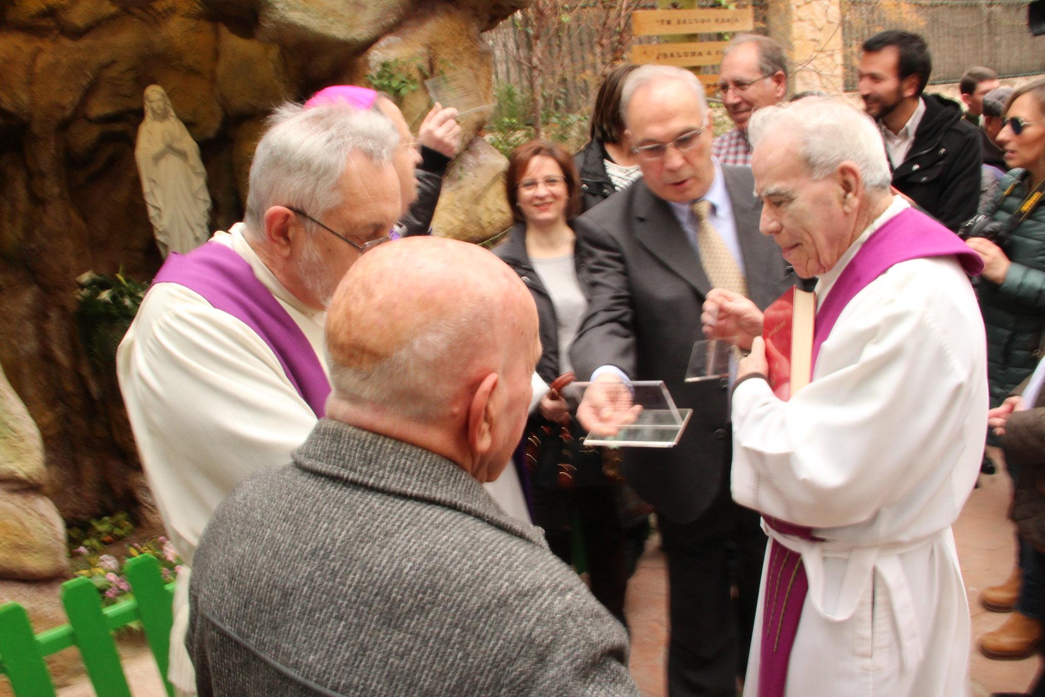 (2016-02-13) - Inauguración Virgen De Lourdes, La Molineta - Archivo La Molineta (085)