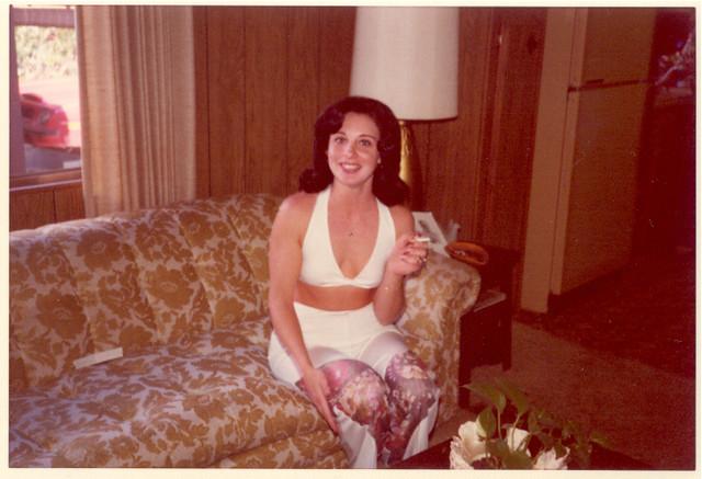 Happy Homemaker, 1975