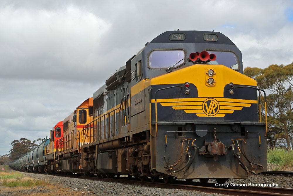 C501, L277 & 1872 waits at the Berrybank loop by Corey Gibson