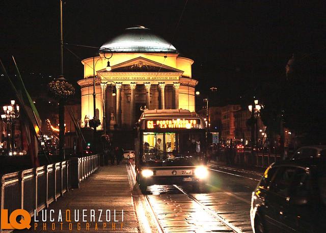 Traffico alla Gran Madre Torino Italia