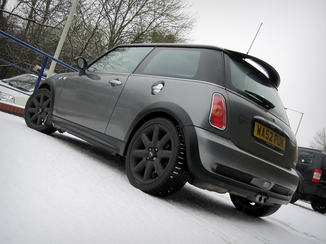 The winter wheels & tyres went back on at the weekend...just in time!