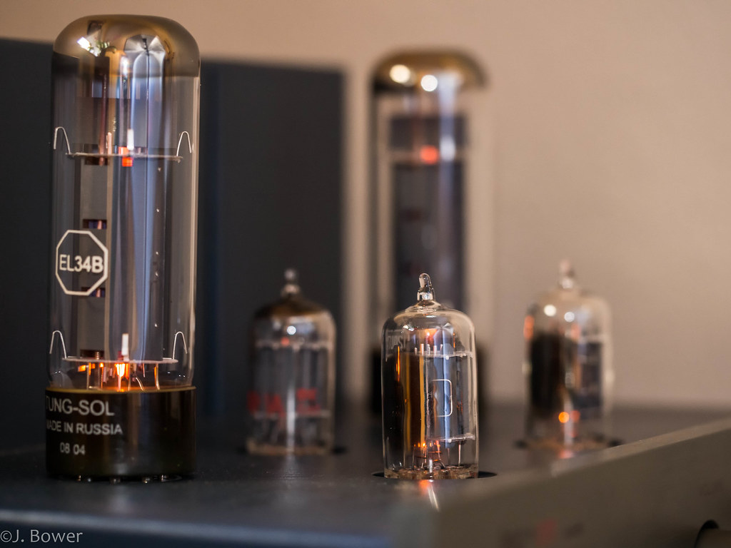 Eight watts of bliss | A single ended EL34 integrated makes