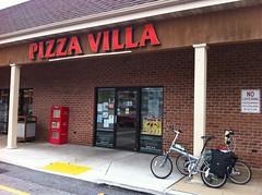 金, 2012-10-26 12:33 - ParkesburgのPizza Villa