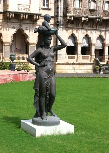 india tower statue museum architecture garden golf asian hotel major asia lakshmi body indian royal style charles palace course thongs palais palast baroda gujarat palacio paleis maharaja landscaped indosaracenic کاخ vadodara mant vilas maratha gujarati laxmi дворец gaekwad ગુજરાત गुजरात гуджарат bodythongs غوجارات গুজরাত γκουτζαράτ guyaratグジャラート州ಗುಜರಾತ್구자라트 주ଗୁଜରାଟ ഗുജറാത്ത്古吉拉特邦குசராத் राजमहल ארמון宮殿სასახლე宮殿அரண்மனை