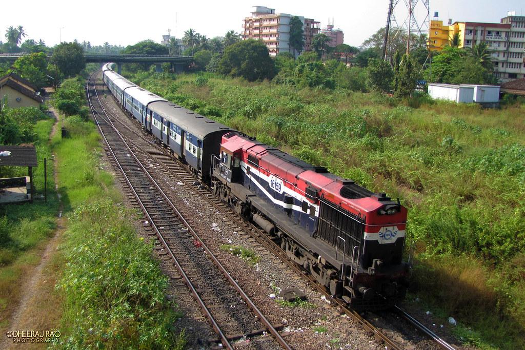 RTM with GSK \m/ | Ratlam[RTM] WDM3A 16159 enters Madgaon wi