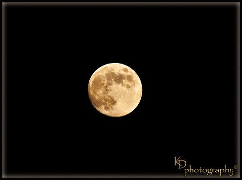 sunset moon clouds nikon bluesky luna crescent fullmoon solarsystem moonphases crescentmoon impactcraters nikond90 wesleychapelfl volcanicmaria