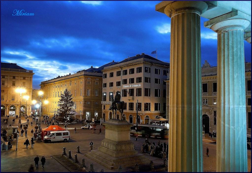Genova Dalla Terrazza Del Teatro Carlo Felice Piazza D