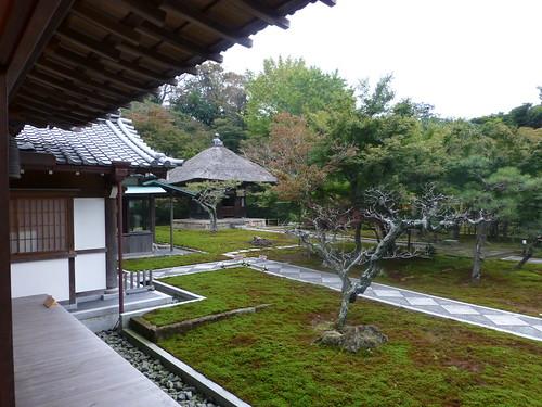 Sun, 11/11/2012 - 14:26 - 長寿寺