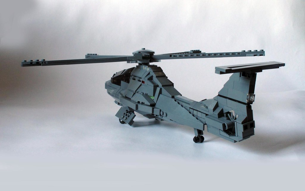 Shadow stealth helicopter (6) | Three-quarter rear view show