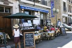 Старинный рыбный ресторан в Propriano