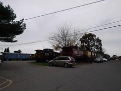 土, 2012-10-27 09:13 - Red Caboose Motelのカブース群