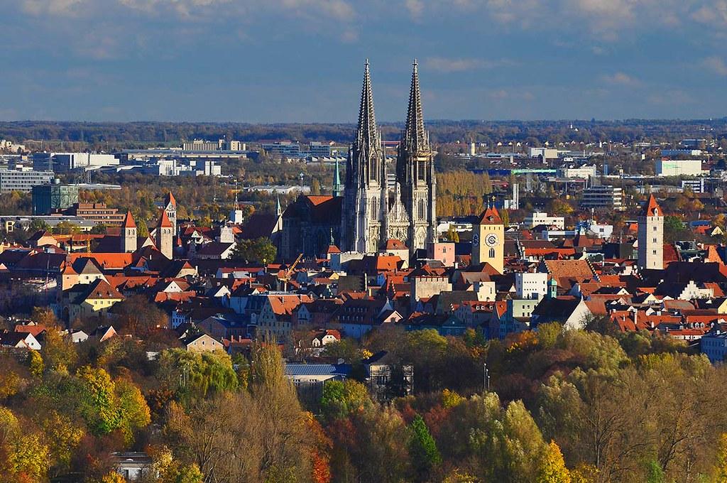 Lutz Regensburg