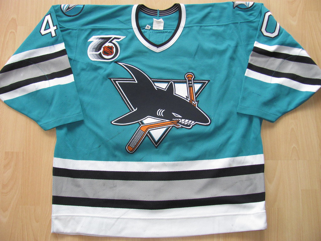 competitive price 45048 73273 San Jose Sharks 1991 - 1992 road Game Worn Jersey   the jers ...