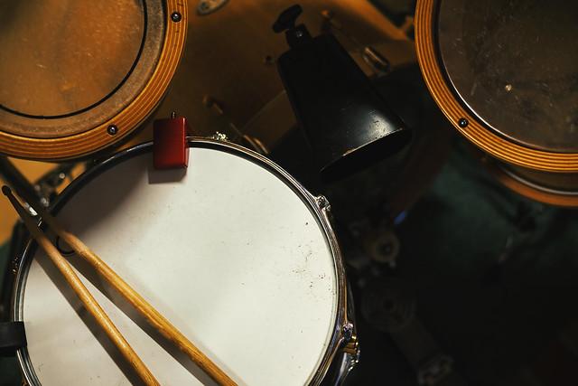Acoustic Drums Kit