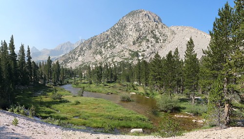 0541 Upper Bubbs Creek along the PCT and John Muir Trail | by _JFR_