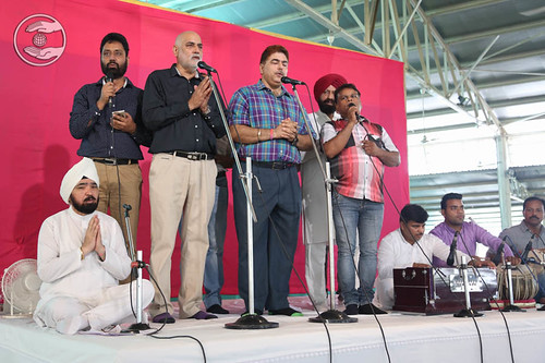 Devotional song by Dilbag Singh and Saathi, Delhi