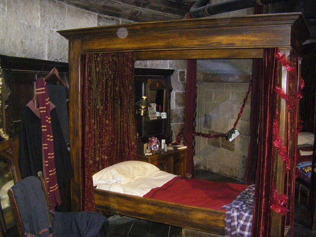 Gryffindor Boys Dorm Room Neville Longbottoms Bed Flickr