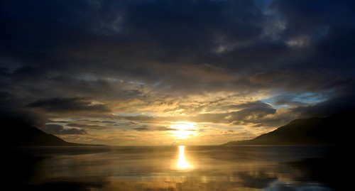 ireland silhouette sunrise wintersun carlingfordlough warrenpoint codown mountainsofmourne