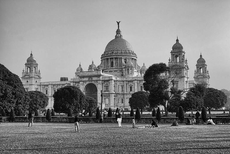 Victoria Memorial: VII