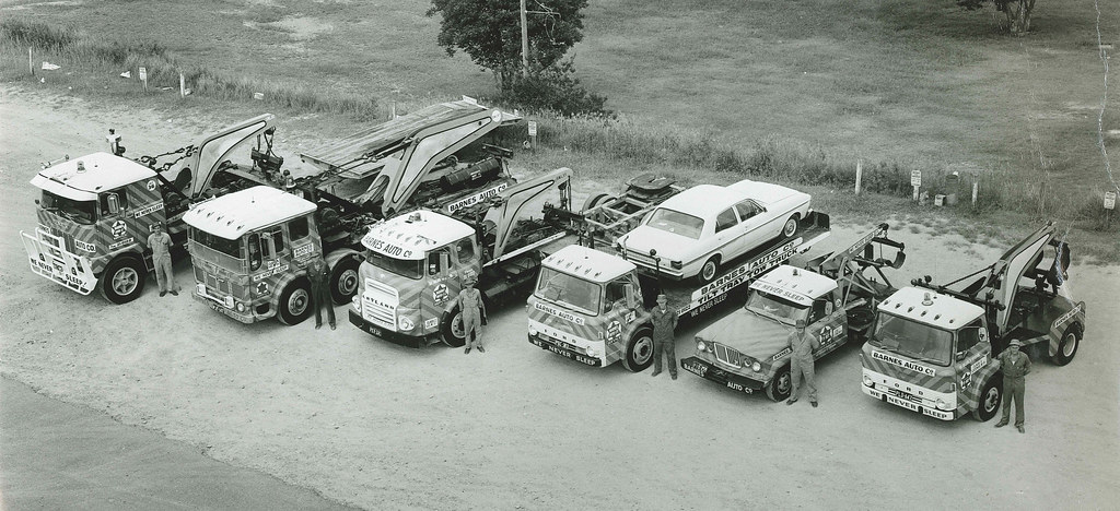 Barnes Auto (38)   The towing fleet taken around 1974 ...