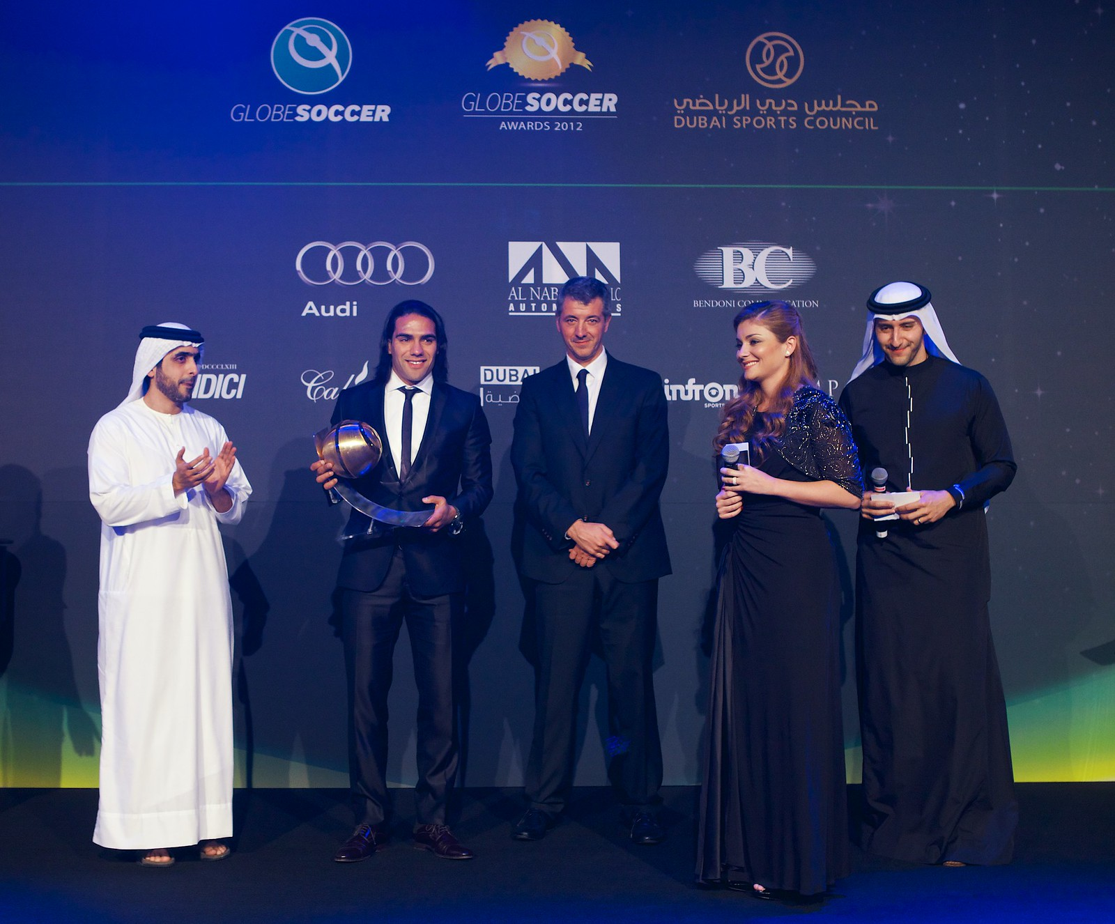Radamel Falcao awarded by Sheikh Mohamed Al Maktoum