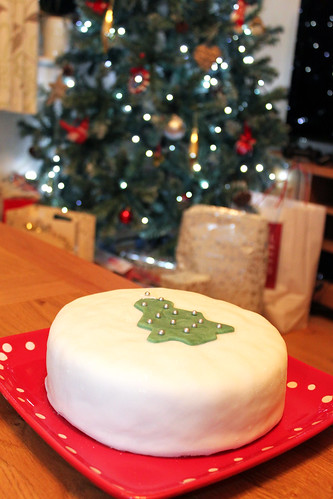 Iced Christmas Cake | by Coffee Muffins