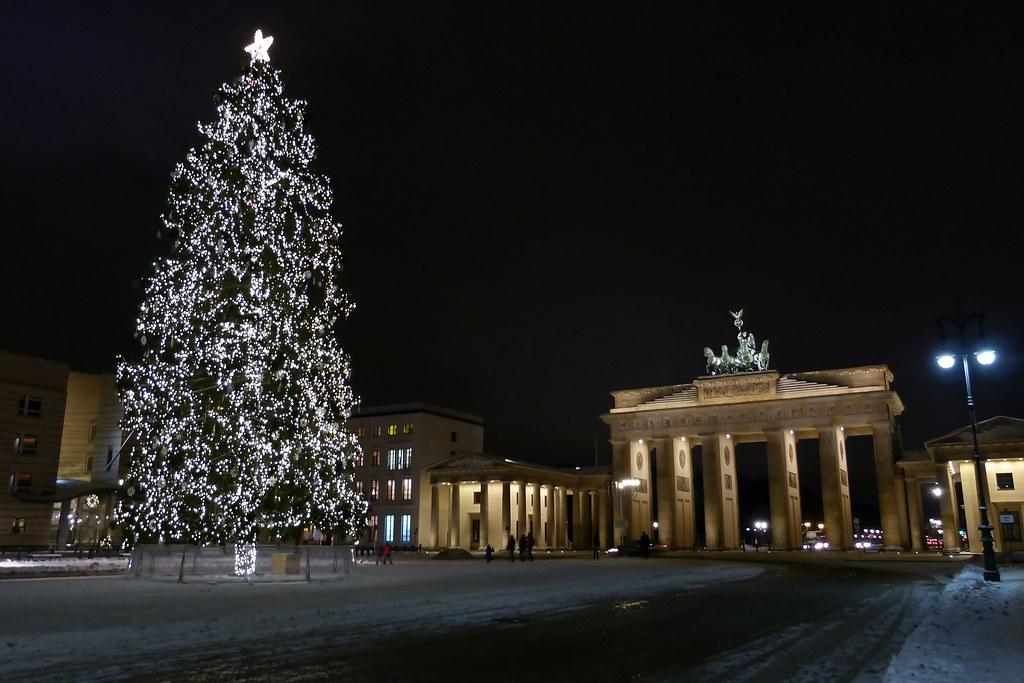 Frohe Weihnachten Berlin.Frohe Weihnachten Berlin Brandenburger Tor Michael Flickr