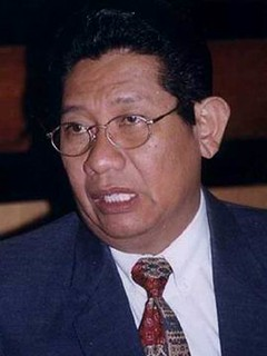 Arif Santoso / FTJE 73