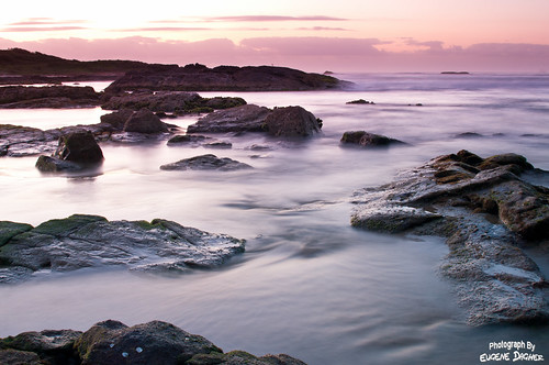 ocean pink water sunrise landscape australia nsw fishermansbay stocktonsbeach