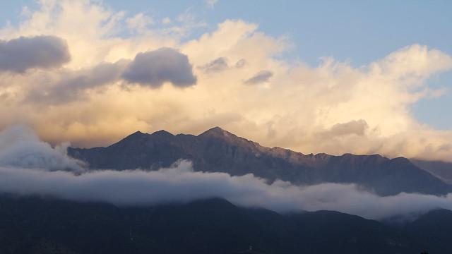 Atardecer mirando La Cordillera de Los Andes