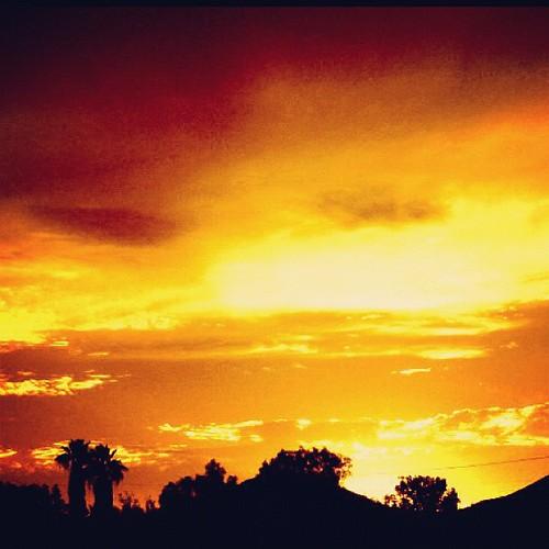 sunrise skyporn uploaded:by=flickstagram instagram:photo=21283293755863097423031