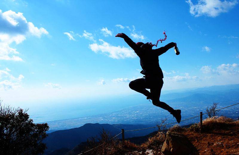 愛鷹山で鷹のように舞う