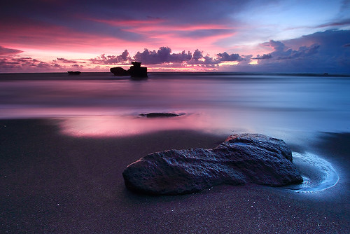 longexposure sunset sky bali west water stone indonesia landscape photography agua scenery long exposure waterfront view explorer explore filter shore 7d usm dslr filters 1022mm tanahlot tonal waterscape canonefs1022mmf3545usm balibeach gnd f3545 sillhuette melasti sillhuet canon7d manbutur manbuturphotography