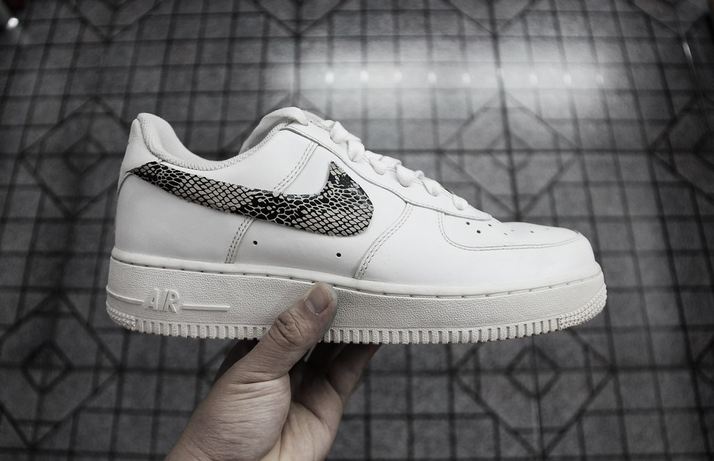 Custom Snakeskin Swoosh Nike Air Force 1 | boyfa
