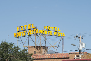 Hotel Monte Vista with mountain in the back | by Tucpasquic