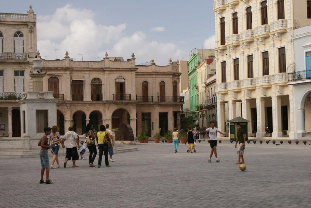 Plaza Vieja, Cuba