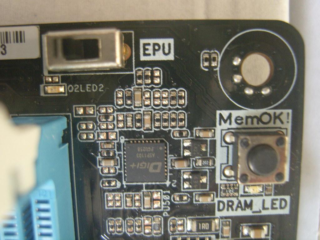 MemOK! Button & EPU Switch   DRAM LED akan menyala jika ada …   Flickr