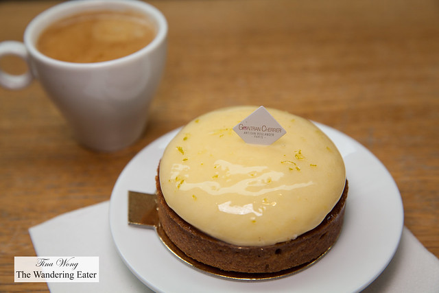 Lemon tart with espresso
