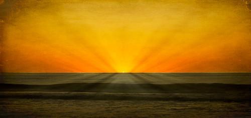 ocean sun art texture water sunrise surf sony digitalart southcarolina charleston sunrays follybeach atlanticocean lowcountry a55 skeletalmess sonya55 annalenabem ekarlbraun