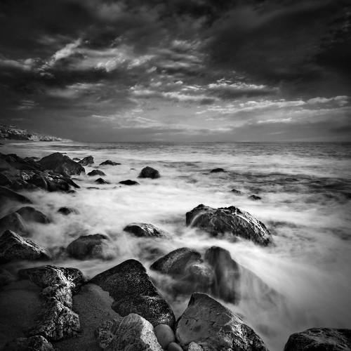 blackandwhite losangeles waves santamonica malibu rockybeach