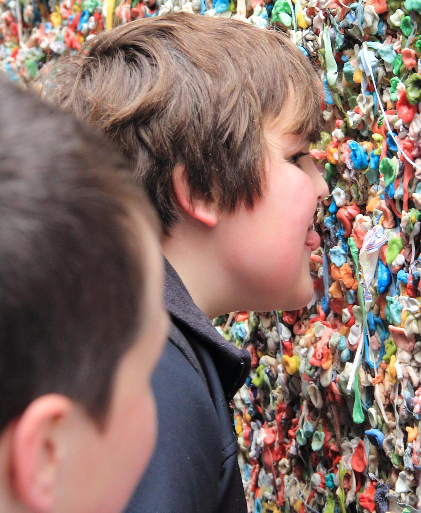 Gum Wall 4