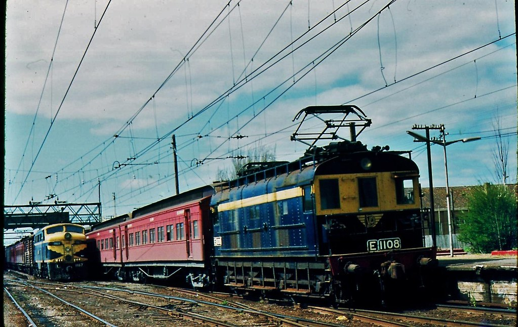 Trains at Traralgon Victoria by Rodney S300