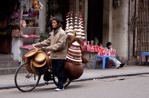 Conical Hat & Basket Vendor in The Old Quarter - Hanoi, Vietnam | by ChrisGoldNY