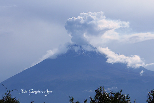 Popocatépetl en erupción