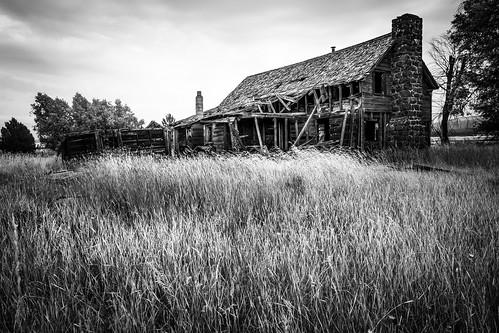 solemn scary d850 forgotten landscape monochrome field farm colorful oregon serious creepy quiet abandoned blackwhite clouds bly unitedstates us