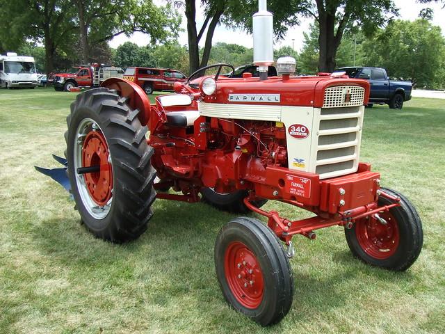 1961 Farmall type 340 Diesel tractor