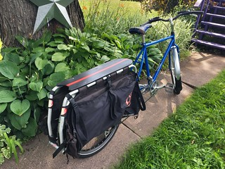 Blue Truck/Xtracycle received a much needed overhaul and freshly painted Snapdeck. | by anon biker