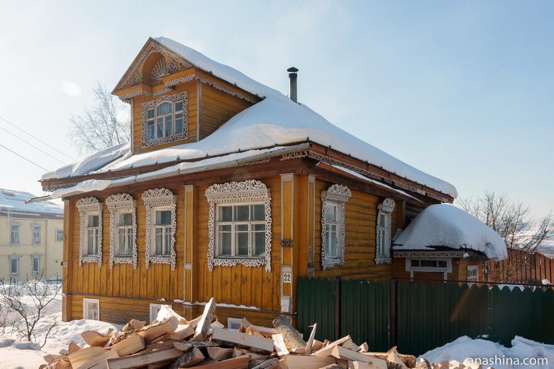 Дом с нарядными наличниками, Солигалич