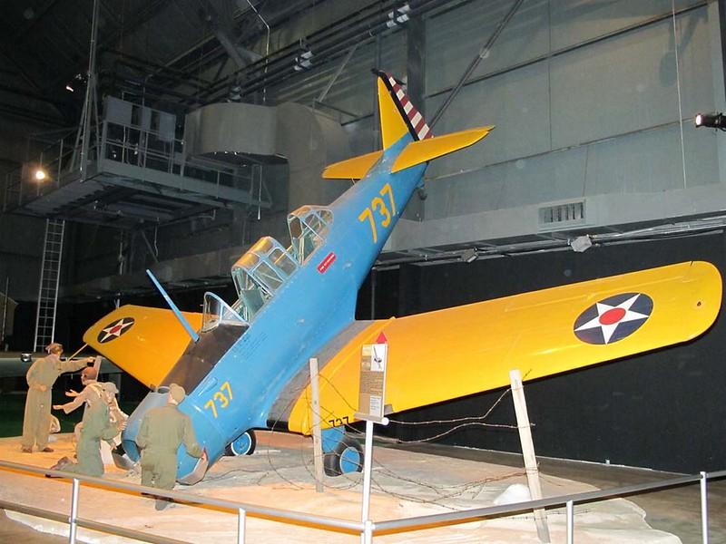 North American NA-64 Yale 1